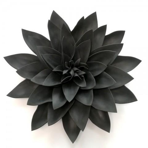"""Цветок  из фоамирана """"Хризантема черная"""" (цвет любой по договоренности.."""