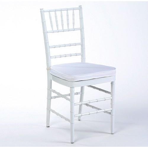 Аренда стульев Chiavari (Кьявари) в белом цвете